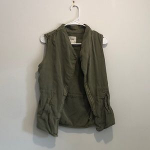 Kohl's green vest, perfect for fall!